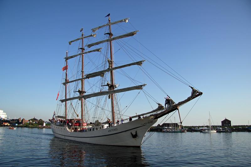 Jade-Weser-Port-Cup 2011. Artemis.