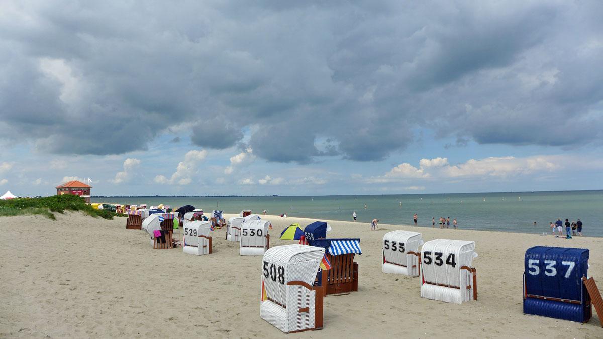 Neuer Strandkorb für Haus Dörte